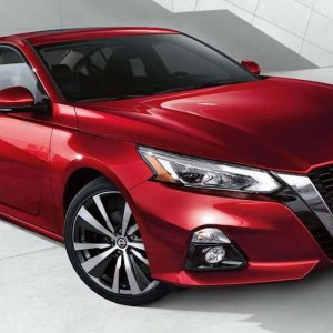 Nissan Altima vs. Toyota Camry: A Comparison