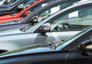 Choose the Right Certified Used Cars to Drive