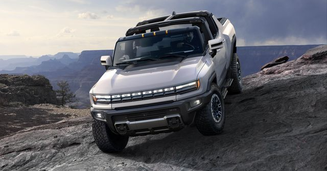 In Depth Review of the New All-Electric Hummer EV